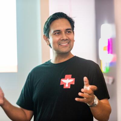 Dr Floyd Gomes